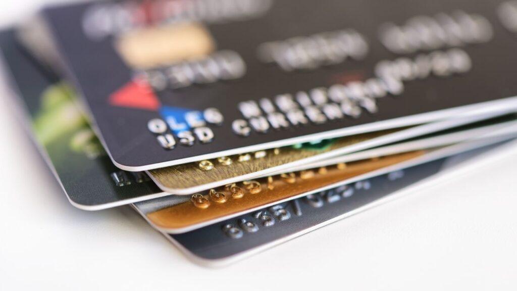 ライフカードの債務整理や過払い金請求はできる?4つの注意点を解説!