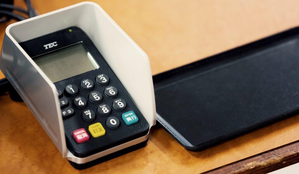 自己破産をしてもデビットカードは作れる?クレジットカードとの違いも解説!