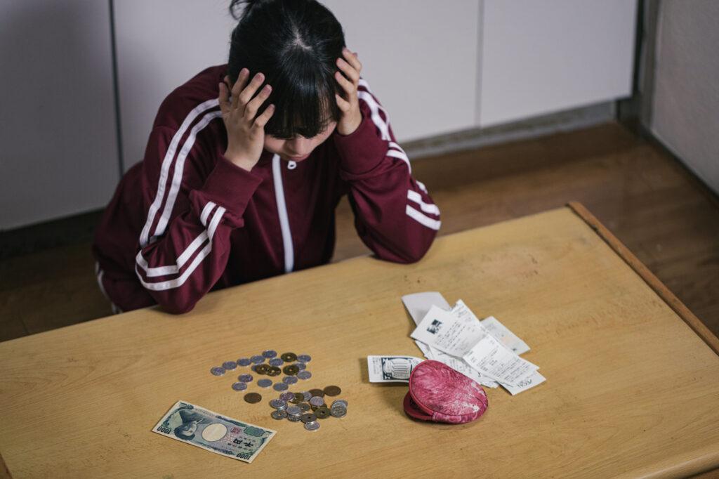 借金をさせない方法~親や子供、旦那、嫁の借金癖を直す方法と債務整理による強制的改善策
